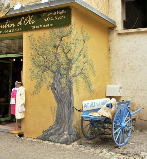 French word a Day, photographs in the village Buis France