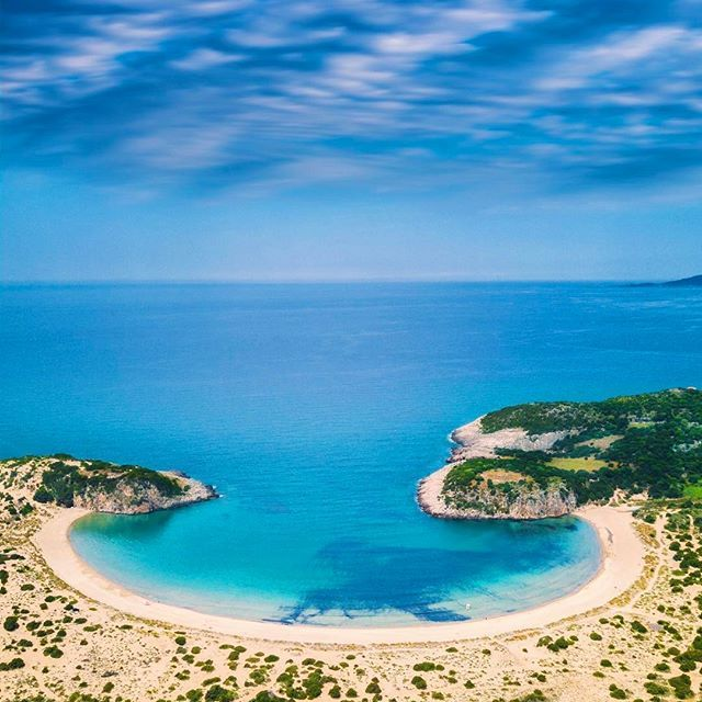 The stunning view of Voidokilia Beach at Costa Navarino, Greece. ------ I am not going to lie, this is one of the most spectacular places I have witnessed. This horseshoe Bay not only provides epic views it also has a stunning beach. It is located just 5 km from @costanavarino and is well worth the trip. We have never been to this area of Greece before but believe me we will be back! -------- #costanavarino #visitgreece