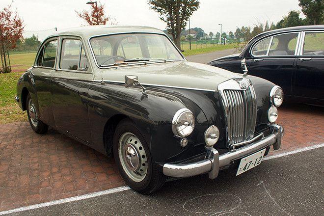 60年代までの英国車イベント「British Historix」の会場から | webCG