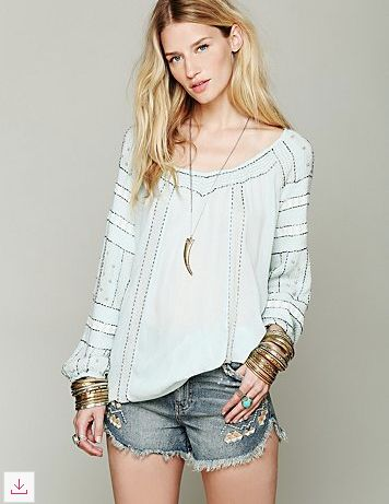 Beaded Wavelengths Tunic - slight V-neckline/ Beaded design all over  -Bubble sleeves w/ elastic hems - Rayon - L, Bust all around & 9 Armhole  drop *Import ...
