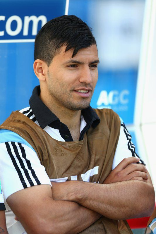 FIFA World Cup 2014 - Argentina 1 Suiza 0 (7.1.2014) - El Nuevo Herald Sergio Aguero of Argentina looks on from the bench prior to the 2014 FIFA World Cup Brazil Round of 16 match between Argentina and Switzerland at Arena de Sao Paulo on July 1, 2014 in Sao Paulo, Brazil. Ronald Martinez / Getty Images