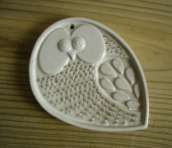 Mid-Century Modern Owl Plaque Vintage Studio Art Pottery Owl Wall Hanging Kitchen Grater CUTE