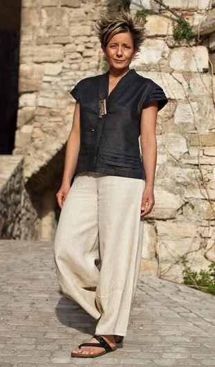 Chemisier en lin noir et pantalon large en lin-:-AMALTHEE CREATIONS