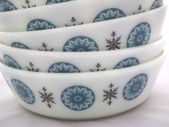 Pyrex Blue Bowl - promotional Pyrex JAJ 1960s - Snowflake Mid Century Modern Serving Bowls - Soup Cereal Breakfast 1960's Home Kitchen Table on Etsy, $4.78