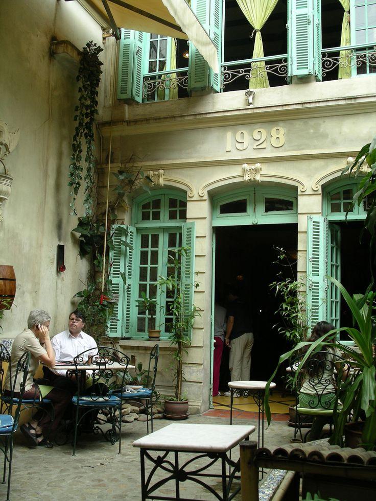 Green Tangerine restaurant, Old Quarter, Hanoi, Vietnam © Judith Sylte, 2007