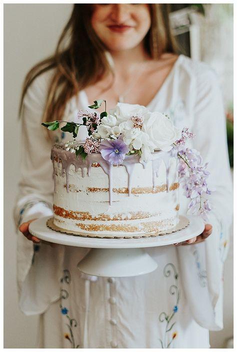 Dripping naked cake