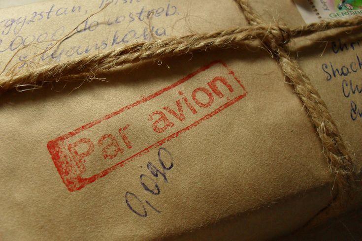 Un colis à envoyer à l'international? Sendiroo vous accompagne pour toutes vos expéditions internationales, de l'emballage à la livraison, au meilleur tarif.