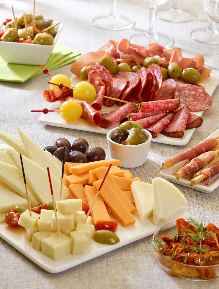 Découvrez nos plateaux de tapas fromage, charcuterie ou mixte ! Idéal pour un événement entre amis ! #cora #liège #corarocourt #jambon #charcuterie #plateau #invités #fete #miam #viande #diner #tapas #amis
