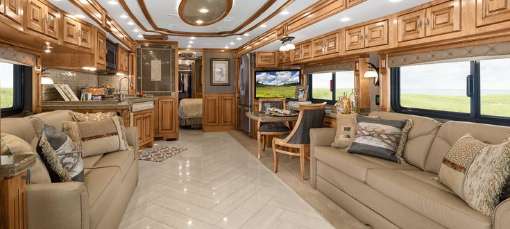 2014 Zephyr Living Room Zephyr Tiffin Motorhomes