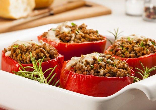 Aprenda a preparar pimentão recheado com carne moída