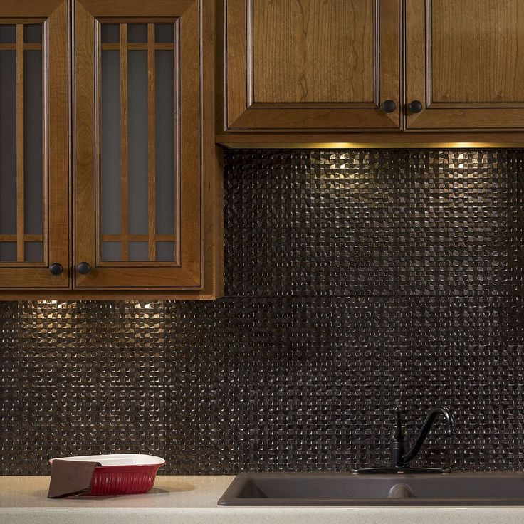 the backsplash panels are easy to install and can be cut with a scissors or tin - Kche Backsplash Ubahn Fliesenmuster
