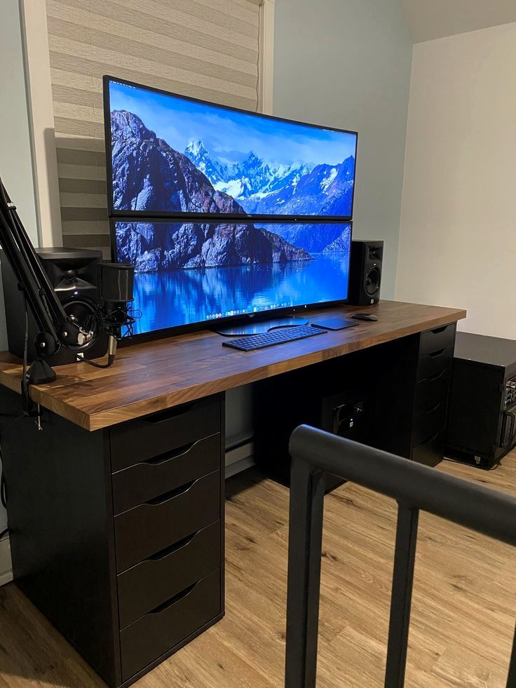 Roomforgaming Small Gaming Bedroom Setup 17 Game Room Ideas On A Budget Diy Computer Desk Gaming Desk Setup Computer Desk Setup
