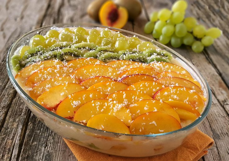 Tiramisù+alla+frutta+senza+uova+e+mascarpone+fresco+e+goloso