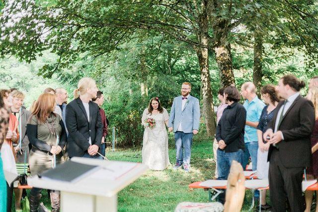 Die schönsten Lieder für den Einzug bei der Trauung   Hochzeitsblog - The Little Wedding Corner