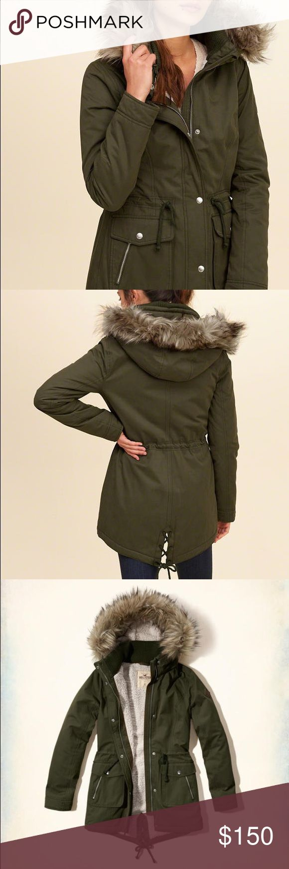 SALE❗Hollister green parka jacket Great condition! Size xsmall, fur on hood is detachable Hollister Jackets & Coats