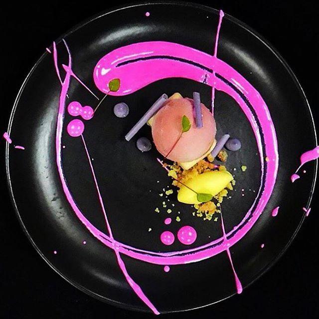 Guava Huckleberry Lemon, Azite Rose Anglais. ✅ By - @ucokgultom ✅ #ChefsOfInstagram