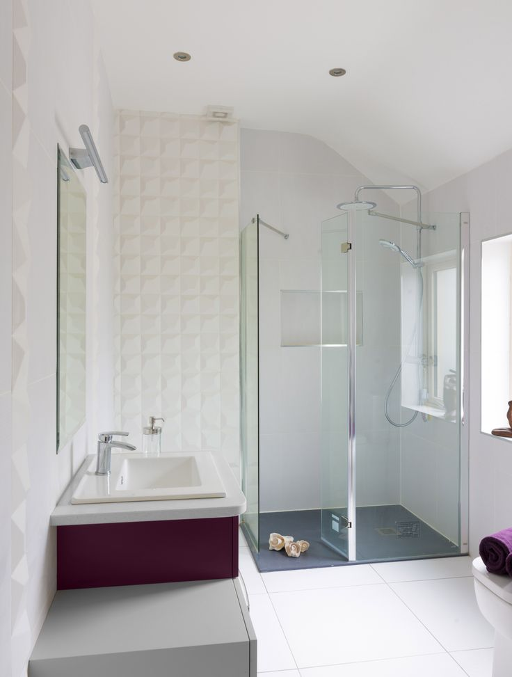 3 dimensional feature tile from http://tilestyle.ie