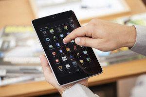 Quelle belle surprise?! Vous avez découvert une ardoise sous le sapin... Vous l'avez mise en route, connectée à Internet et fait le plein d'applis. C'est bien. Mais, que ce soit un iPad ou un modèle sous Android, votre nouvelle tablette recèle bien d'autres secrets. Mode d'emploi.