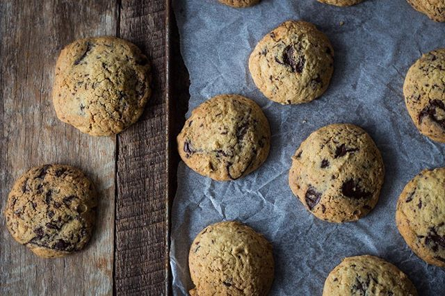 Crispy with large molten chocolate chunks. These are my two 'must haves' for any choc chip cookie…
