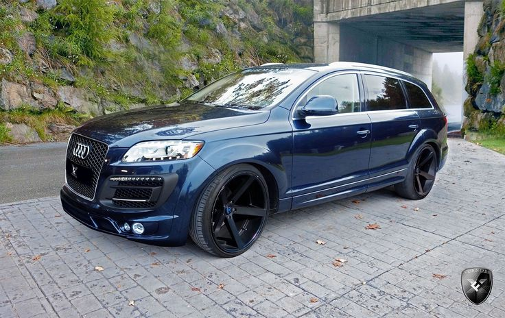 audi Q7 with custom wheels | It's about time you added a custom touch to your Audi Q7
