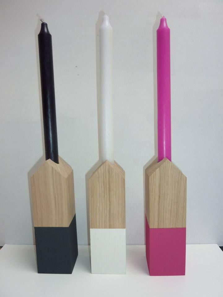 producten in de vorm van huisjes, die vind je bij M Style. deze FSC gecertificeerde eiken houten kandelaars zijn verkrijgbaar in diverse kleuren en hoogtes