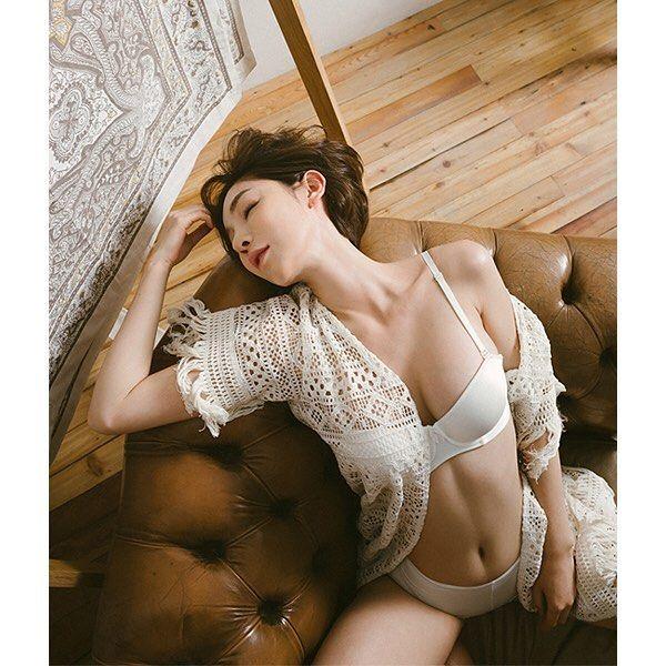 #컴온빈센트 #화보  모델의 매력적인 바디와 빛과어둠이 멋진 화보  photographer Heekook kang model Woonee…
