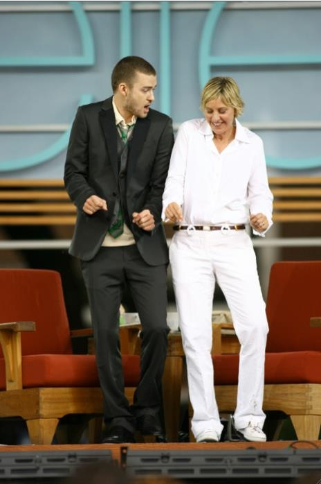 JT and Ellen, the perfect talk show duo. I <3 when he comes on The Ellen Show.