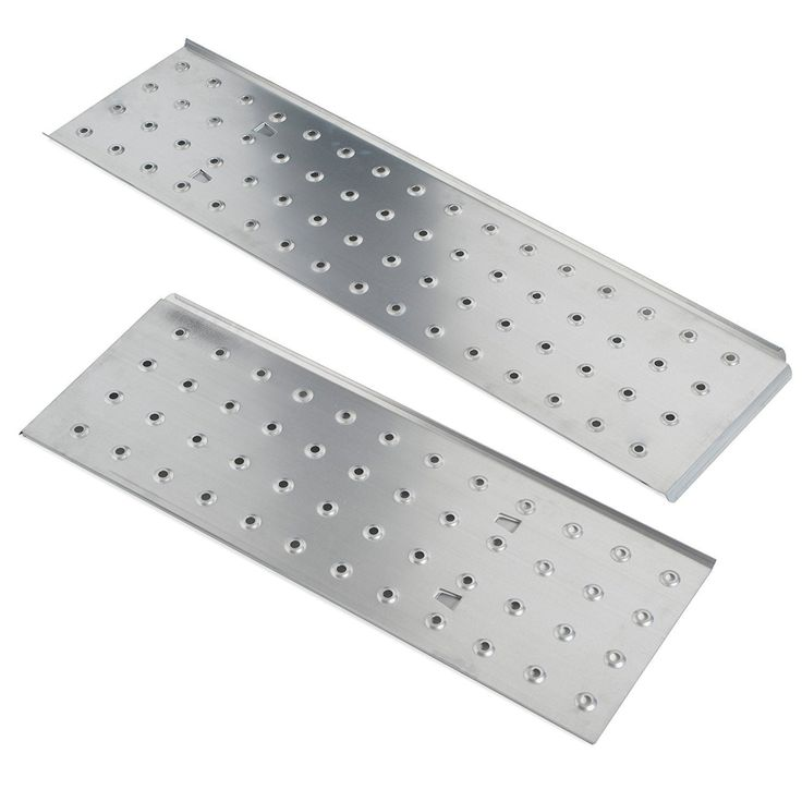 There are 2 working platform plates which can be used to create portable scaffolding ideal for painting ceilings and other time consuming hard to reach tasks.