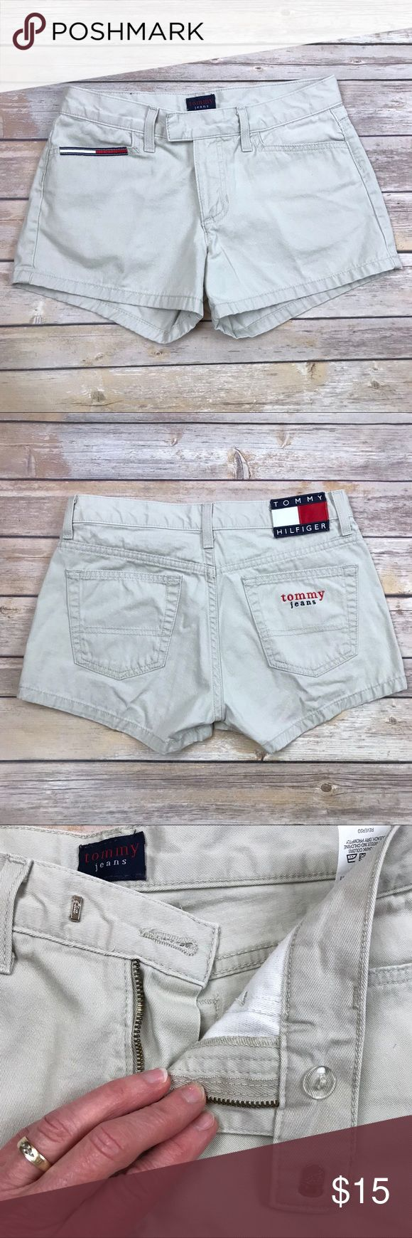"""Tommy Hilfiger khaki short shorts These Tommy Hilfiger shorts are in EUC! No fraying, no stains. Front and back pockets.  APPROX FLAT MEASUREMENTS  2 1/2"""" inseam 8"""" rise 13"""" ↔️ waist Tommy Hilfiger Shorts"""
