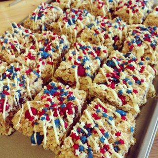 Messy Little Baker: Patriotic Rice Krispies Treats
