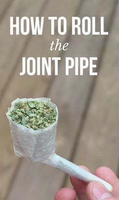 Click the photo to view the tutorial and roll yourself the perfect joint pipe!