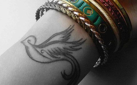 402 best images about dove tattoos on pinterest peace sign tattoos bird tattoos and peace dove. Black Bedroom Furniture Sets. Home Design Ideas