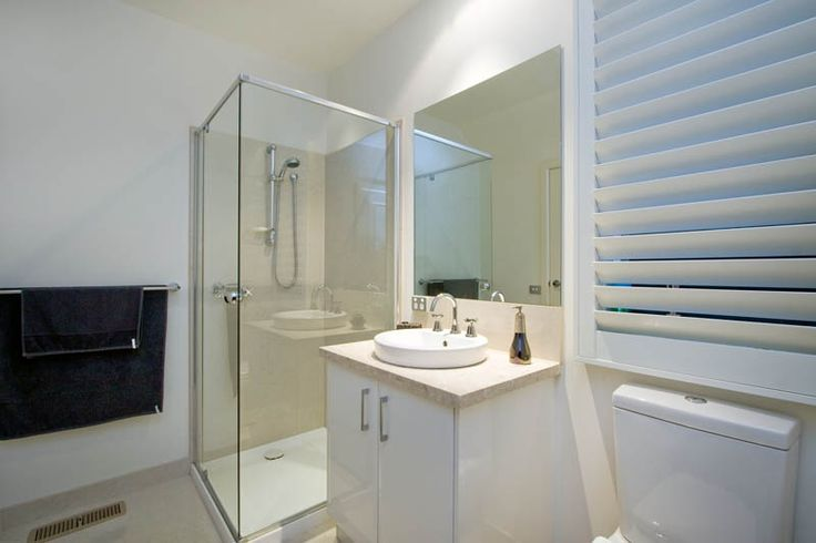 Rycon are experts when it comes to working in small spaces. This luxury bathroom is a must for any luxury home.