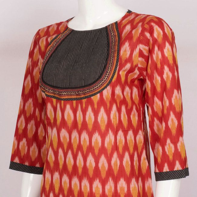 Buy online Hand Crafted Orangish Red Cotton Kurta With Ikat Prints, 3/4th Sleeve & Tear drop Tie-Up Back 10013523