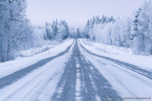 Путешествие в сказочную Лапландию (37 фото) http://cultiwc.ru/puteshestvie-v-skazochnuyu-laplandiyu-37-foto/  Известный travel-фотограф Alex Bred каждый год, в декабре, в компании друзей отправляется в Лапландию, к Санте, чтобы передать ему из рук в руки письма тысяч детей… Читать далее: Путешествие в сказочную Лапландию (37 фото) БУГАГА