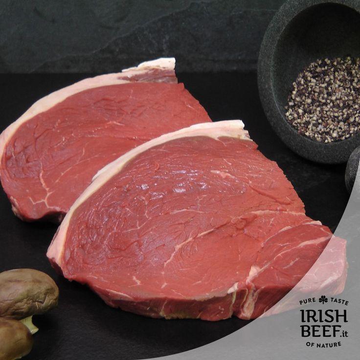 Sottofesa: Ideale per bistecche, fettine, o roast-beef all'inglese, è un taglio molto pregiato. È una parte della coscia posteriore del bovino. #Noce #Rosa #BeefCut #Beef #Irishbeef #manzo #food #foodie #foodlover #foodpics #beefoftheday #carne #Sottofesa