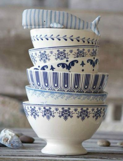 Ceramic bowls for kitchen use or home decor