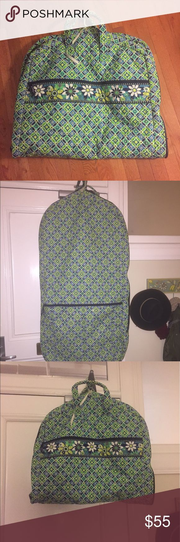 Vera Bradley Garment Bag Vera Bradley garment bag.  Two pockets on outside, great for holding shoes.  Bag is in excellent condition and rarely used. Vera Bradley Bags Travel Bags