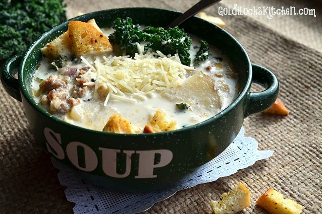 Zuppa Toscana (Tuscan Soup) is one of the best recipes for soup that I've ever eaten. Ever. The ingredients are simple enough~ and there's nothing fancy about the way you cook th…