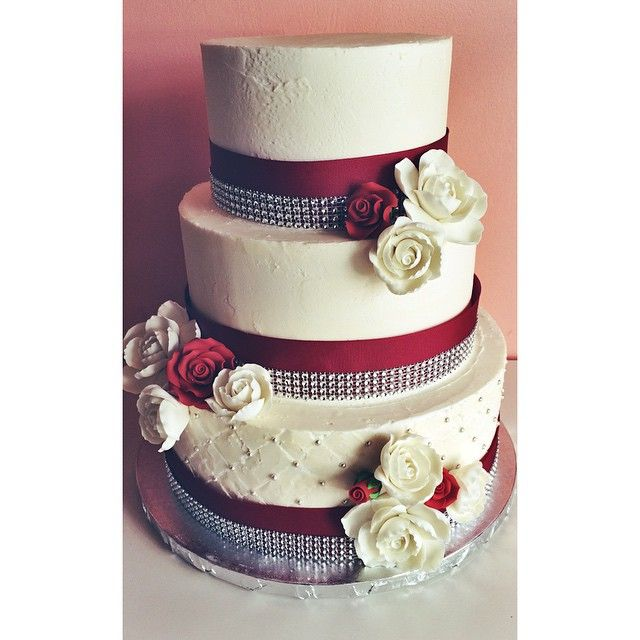 wedding cakes with red roses and bling and bling cake by 2tarts bakery www 2tarts 26098