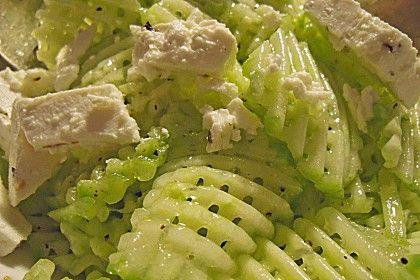 Gurkensalat mit Schafskäse und Knoblauch (Rezept mit Bild) | Chefkoch.de