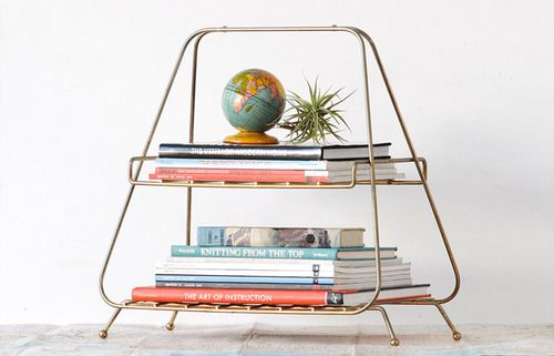 thouswell:  Air plant and mini globe make a great pair