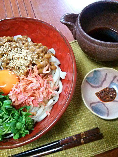 一人ランチ♪大好きな「吉田うどん」 食べこたえのあるもちもち麺はぶっかけにピッタリ☆ - 34件のもぐもぐ - 吉田うどん☆ぶっかけ ~天麩羅の代りに炒り桜えび~ by jurikiyoshi