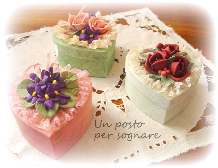 scatoline con fiori porcellana fredda,bomboniere