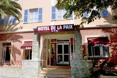 Corte, Hotel de la Paix**, 68 et 78 euros