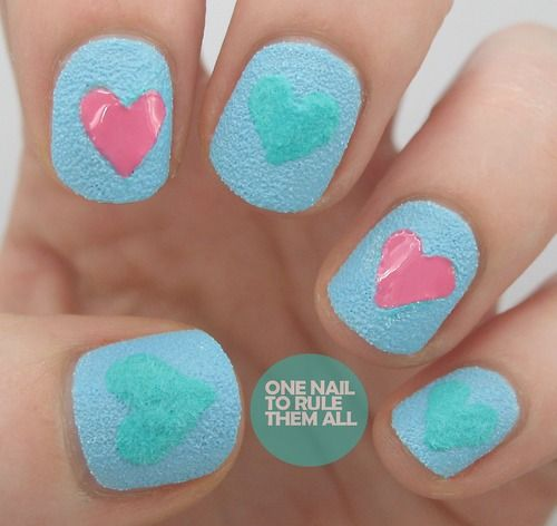 Flocking power and textured nail varnish in one post? Read more on my blog + #giveaway #nailart