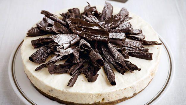 Pear & Amaretto Cheesecake