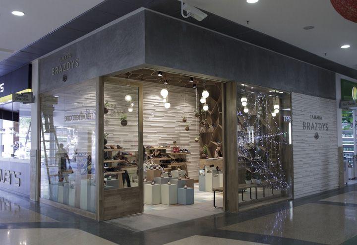 Tamara Brazdys store by Plasma, Medellín – Colombia store design