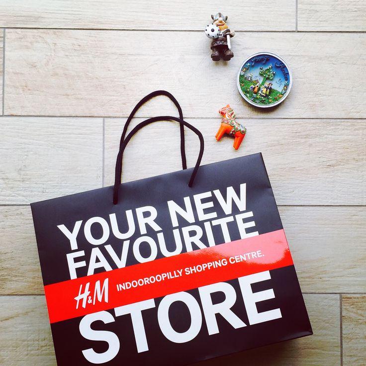 Lovin the Swedish style coming out of the land of milk & honey.  #fashion #FashionWeek #FashionPolice #FashionNetwork #FashionBloggers #FashionPhotographer #FrockUp #Style #StyleIcon #StyleNetwork #pfw #lfw #nyfw #mfw #DavidBeckham #hm #indooroopilly #indooroopillysc #shopping #HennesMauritz #HMstudioAW15
