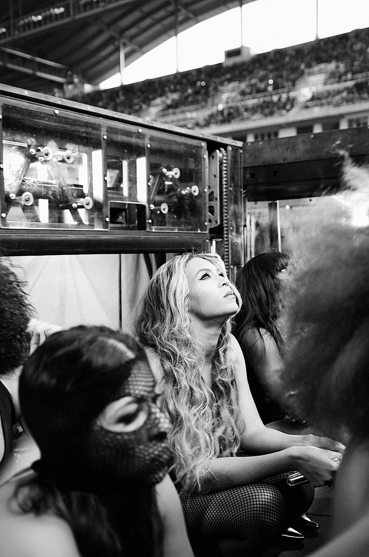 iheartmrscarter:  On The Run Tour (July 27)